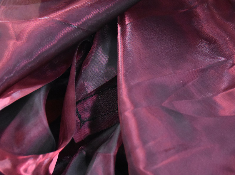 Waterfall Fabric Garnet Black